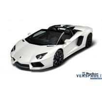 Lamborghini Aventador LP 700-4 Cabrio White Edition