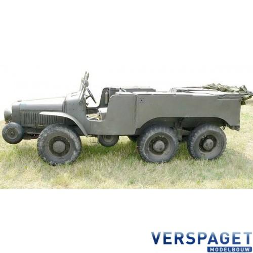 French WW2 Artillery tractor (6x6) W15T -72536