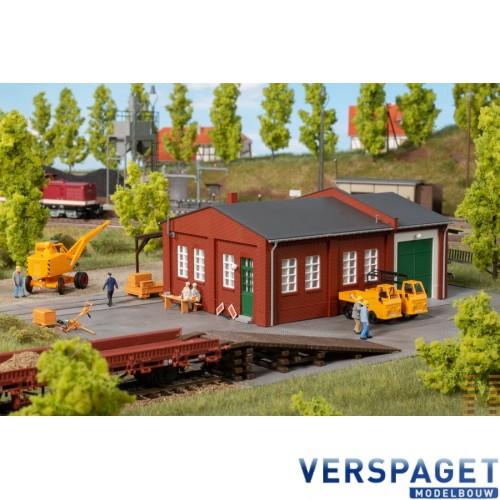 Spoorwegwerkplaats met oprit -11462