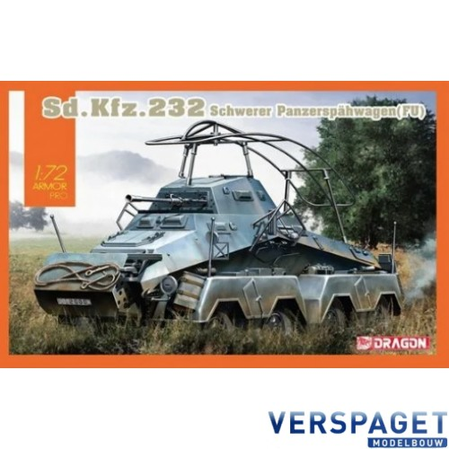 Sd.Kfz. 232 Schwerer Panzerspähwagen Fu -7581