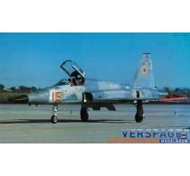 F-5E Tiger II w/ Shark Nose -08066