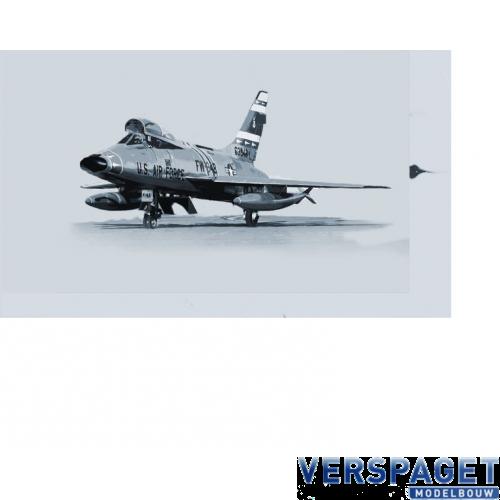 F-100F -1398