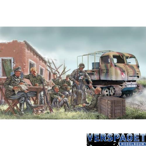 Steyr RSO/01 w/German soldiers -6549