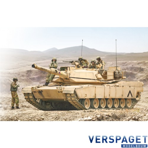M1A2 ABRAMS with crew -6571
