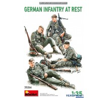 GERMAN INFANTRY AT REST -35266