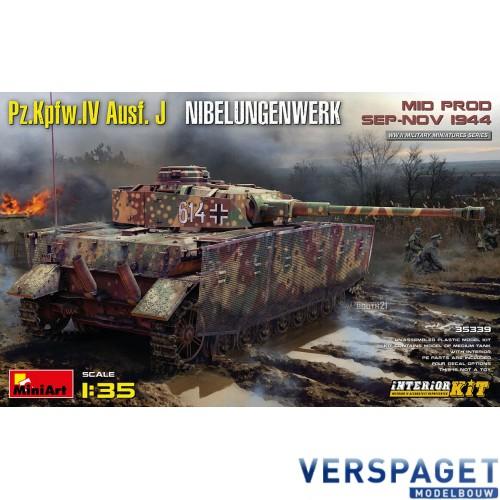 Pz.Kpfw.IV Ausf. J Nibelungenwerk. MID PROD. SEP-NOV 1944 INTERIOR KIT -35339