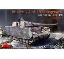 Pz.Kpfw.IV Ausf. J Nibelungenwerk Late Prod. (Jan – Feb 1945) with interior kit -35342
