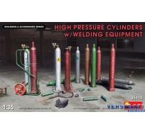 HIGH PRESSURE CYLINDERS w/WELDING EQUIPMENT -35618