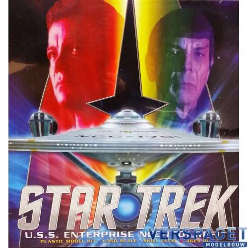 Star Trek U.S.S. Enterprise NCC-1701 Refit -949