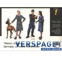 """""""Woman At War"""" Germany, Luftwaffe Helferinnen"""