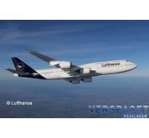 Boeing 747-8 Lufthansa New Livery -3891