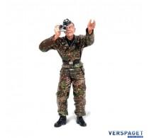 Tank Loader Standing -222285118