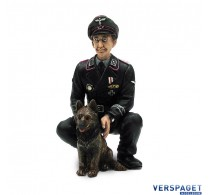 Colonel Otto Paetsch with dog -222285120