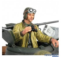 U.S.Tank Commander Standing -222285123