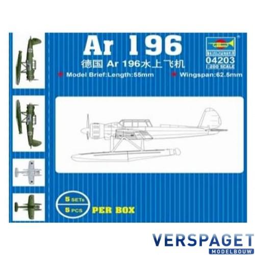 AR 196 (5 airplanes per box) -04203
