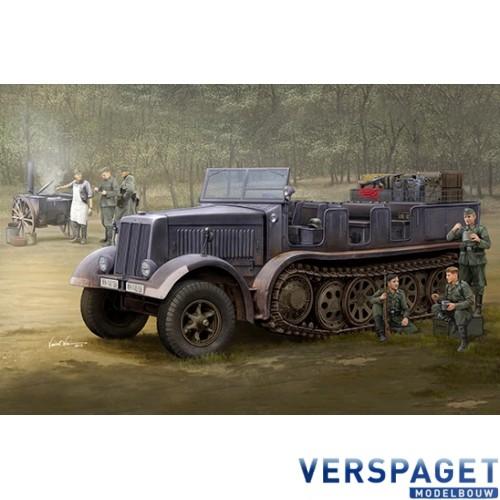 Sd.Kfz.8 (DB9) Half-Track Artillery Tractor -09538