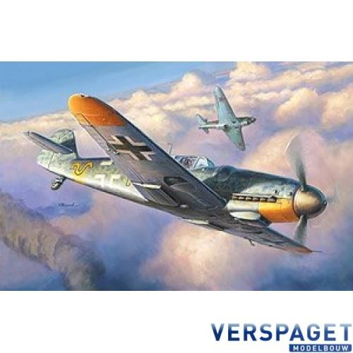 German Fighter Messerschmitt Bf-109 G6 -4816